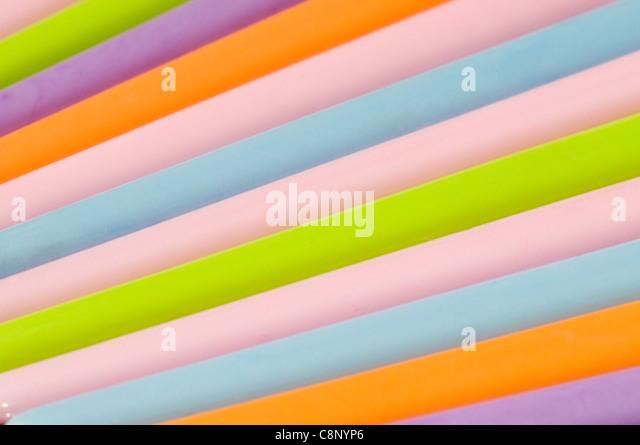 Kunststoff Haarnadeln in Studioumgebung Stockbild