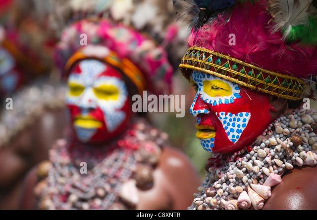 Stammes-Performer Western Highlands Papua Neuguinea erklingt in einem Sing-Sing - Hagen Show Western Highlands von Stockbild