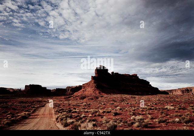 Schotterweg und Sandstein-Formationen Stockbild