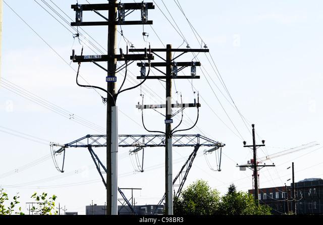 Overhead Stromkabeln in Vancouver, Kanada. Stockbild