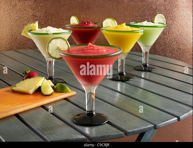 Frisches Obst, frozen Margarita cocktails Stockbild