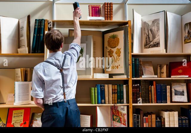 LONDON, UK 25. Mai 2012: Bücher-Stand auf der 55. London International Antiquarian Buchmesse, die älteste Stockbild