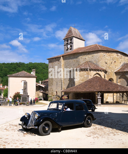 Klassische Bentley Oldtimer in St Jean de Cole, Dordogne, Frankreich Stockbild