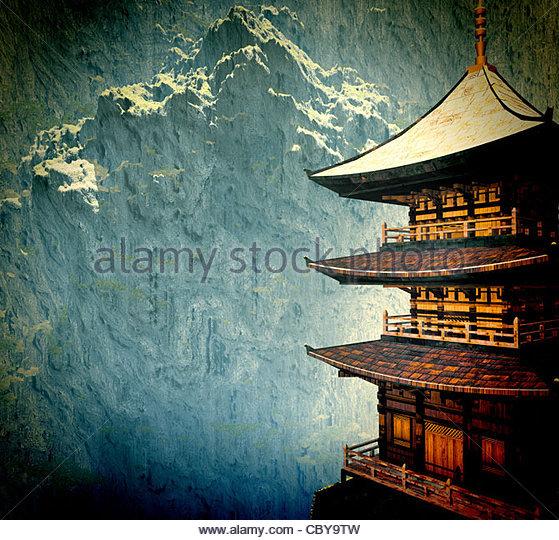 Zen-buddhistischen Tempel in den Bergen Stockbild