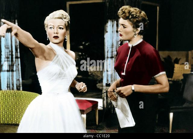 LANA TURNER & JEAN HAGEN LATIN LOVERS (1953) Stockbild