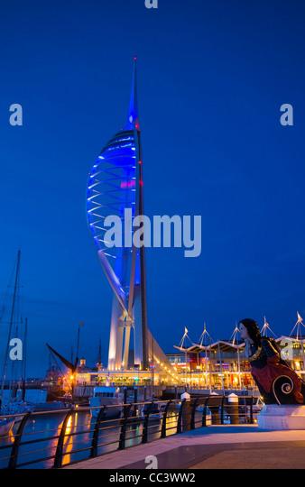 Großbritannien, England, Hampshire, Portsmouth, Marina Gunwharf, Spinnaker Tower Stockbild