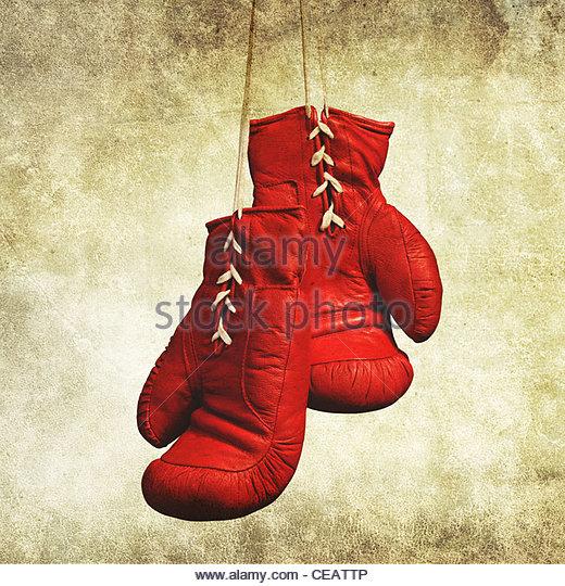 rote Boxhandschuhe Stockbild