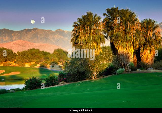 Monset über Desert Willow Golfresort, Palm Desert, Kalifornien Stockbild