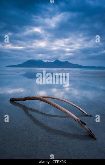Entspannende verträumte Scotland schottischen Insel Eigg mit Blick auf Rum Stockbild