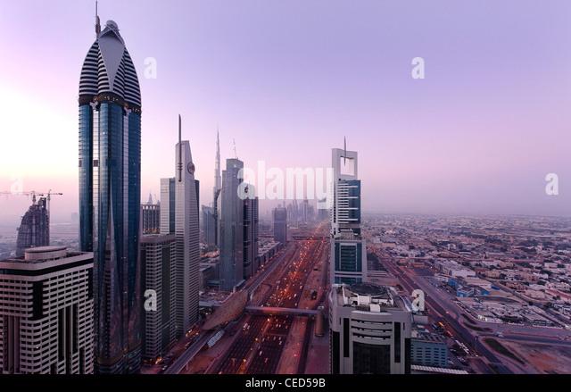 Blick auf Downtown Dubai, an der linken ROSE RAYHAAN von Rotana, Türme, Hochhäuser, Hotels, moderne Architektur, Stockbild