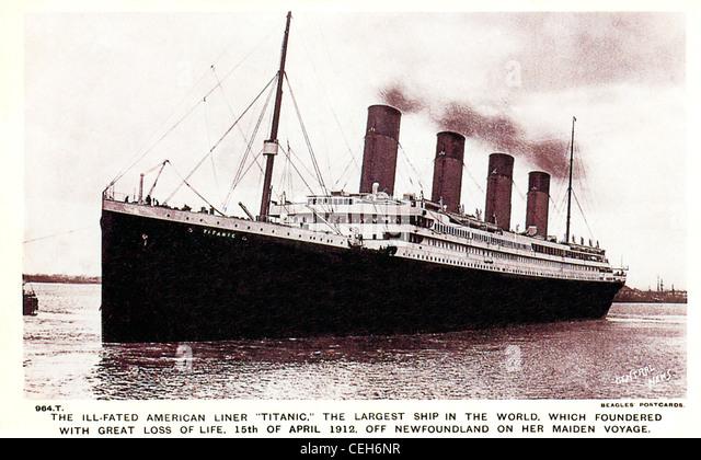 Die Ill Titanic, 1912 Postkarte herausgegeben anlässlich die maritime Katastrophe, wenn der Liner einen Eisberg Stockbild