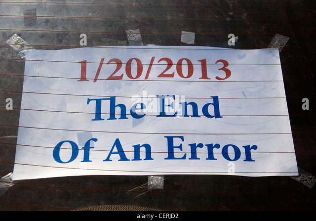 """Politische Satire Schild an einem Auto Heckscheibe impliziert, dass Präsident Barack Hussein Obama """"20.01.2013 Stockbild"""