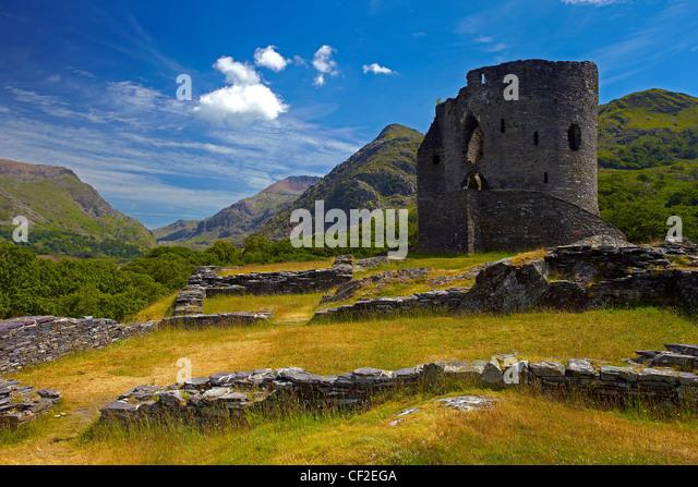 Dolbadarn Schloss, eine Burg des 13. Jahrhundert erbaut von Llywelyn ap Iowerth (Llywelyn das große), Eingang Stockbild