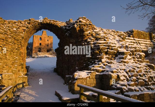 Norham Castle, eines der wichtigsten der Grenze Burgen erbaute 1121 durch die Bischöfe von Durham. Ein langer Stockbild