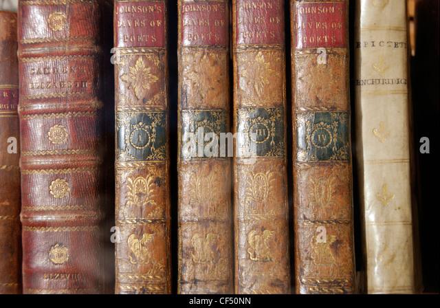 Antiquarische Bücher zum Verkauf in Charing Cross Road, einem Gebiet, bekannt für seine Fach- und Antiquariate. Stockbild