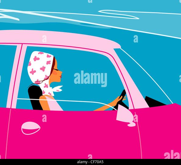 Darstellung der Frau ein weißes Kopftuch mit rosa Blüten, rosa Autofahren mit offenem Fenster Stockbild