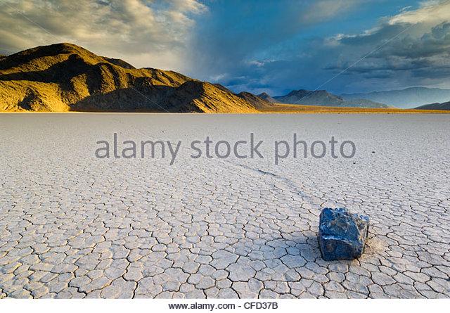 Die Tribüne im Tal Racetrack, Death Valley Nationalpark, Kalifornien, USA Stockbild