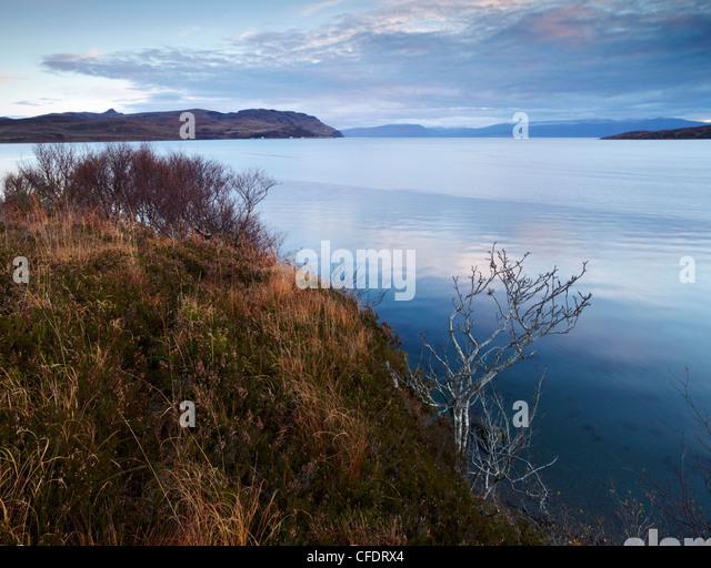 Blick auf das schottische Festland von der Moll-Straße auf der Isle Of Skye, Schottland, UK Stockbild