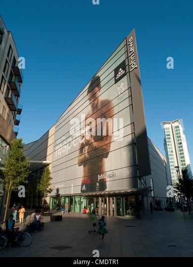 25. Juli 2012 Cardiff, Wales, Vereinigtes Königreich. John Lewis Cardiff Store feiert britischer Tauch Meister Stockbild
