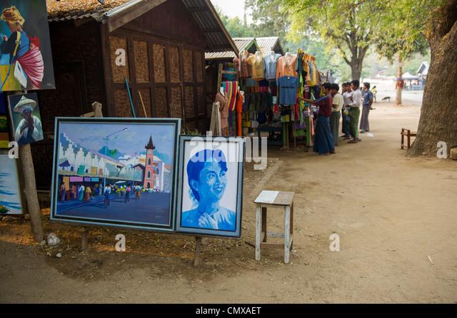 Porträt von Aung San Suu Kyi, zum Verkauf in Mingun, Myanmar Stockbild