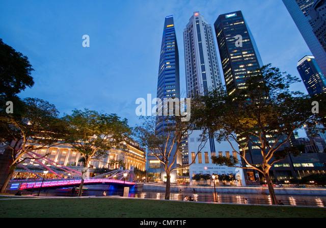 Asien Singapur Skyline Panorama, Fullerton Hotel Stockbild