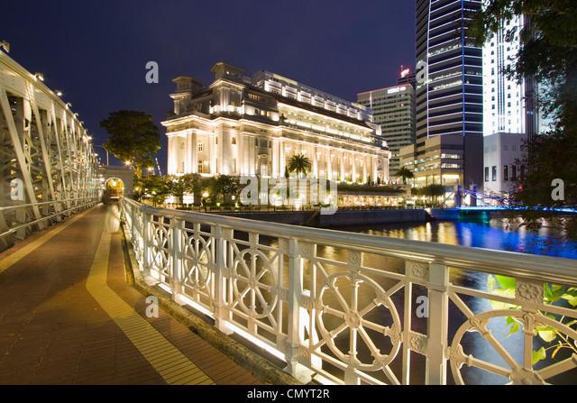 Cavenagh Brücke, Fullerton Hotel, Skyline von Singapur, Süd-Ost-Asien, twilight Stockbild