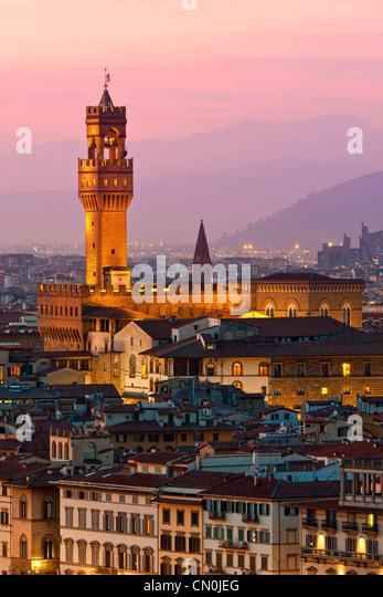 Florenz, Palazzo Vecchio in der Abenddämmerung Stockbild