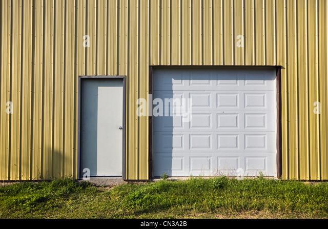 Türen in einem Gebäude Stockbild