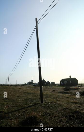 Obenliegende Elektrizität Stromkabel, Dungenss, Kent UK Stockbild