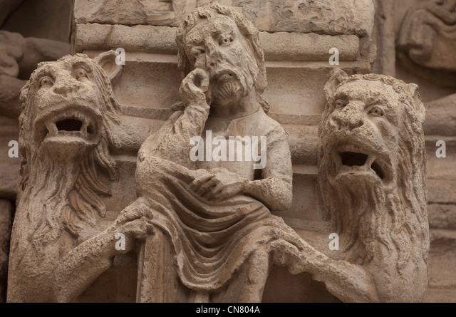 Frankreich, Bouches du Rhone, Arles, Portal der Kathedrale von Saint-Trophime, als Weltkulturerbe der UNESCO, datiert Stockbild