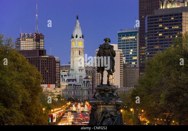 Ben Franklin Parkway und City Hall, Philadelphia, Pennsylvania, Stockbild