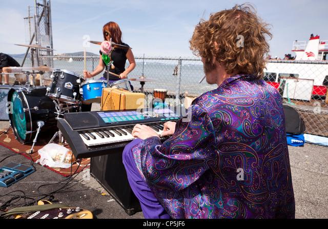 Straßenmusiker spielen die Tastatur - San Francisco, Kalifornien, USA Stockbild