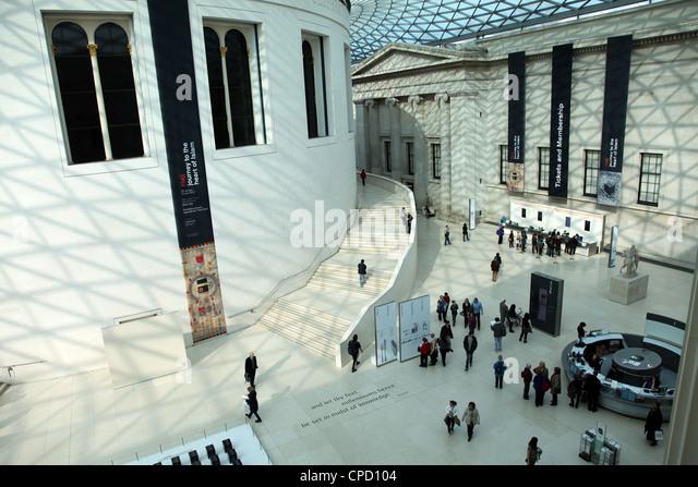Eingangs-Foyer, British Museum, London, England, Vereinigtes Königreich, Europa Stockbild