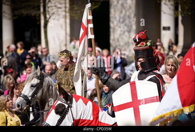 St.-Georgs Tag feiern im Jahr 2010, London, England, Vereinigtes Königreich, Europa Stockbild