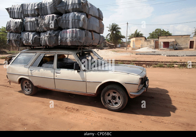 Überladene Fahrzeuge, Lome, Togo, West Afrika, Afrika Stockbild