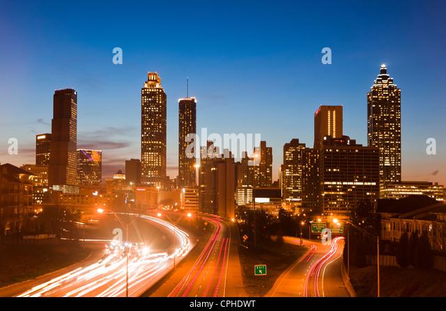 USA, USA, Amerika, Georgia, Atlanta, Architektur, Autos, Innenstadt, modern, neu, Umweltverschmutzung, Hauptverkehrszeit, Stockbild