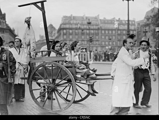 Eine Gruppe von Pharmaziestudenten im Quartier Latin, 1938 Stockbild