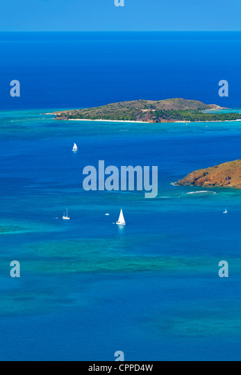 Virgin Gorda, Britische Jungferninseln, Karibik: Erhöhten Blick auf die türkisfarbene North Sound und Stockbild