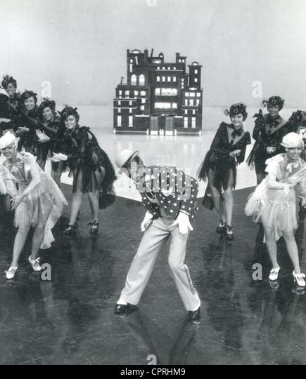 """Schwingen Sie Zeit 1936 RKO Films mit Fred Astaire in Blackface für die Zahl """"Bojangles of Harlem"""" Stockbild"""