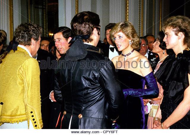Diana, 1.7.1961 - 31.8.1997, Prinzessin von Wales, halbe Länge, mit Prinz Charles und Monika Hohlmeier im Rahmen Stockbild