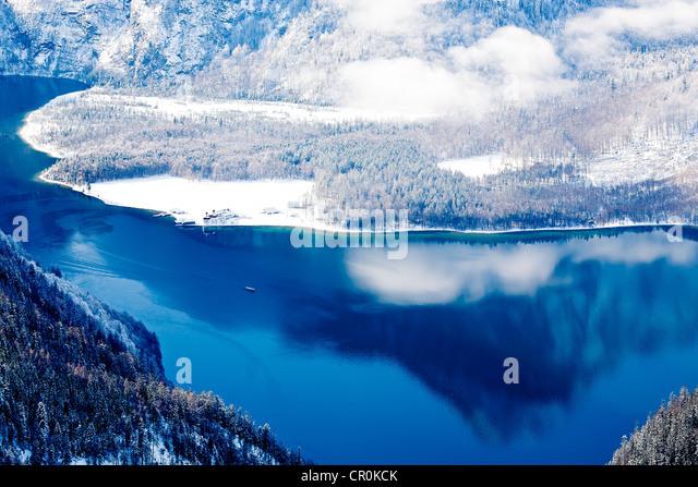 Lake Königssee im Winter, Alpen, Bayern, Deutschland, Europa Stockbild
