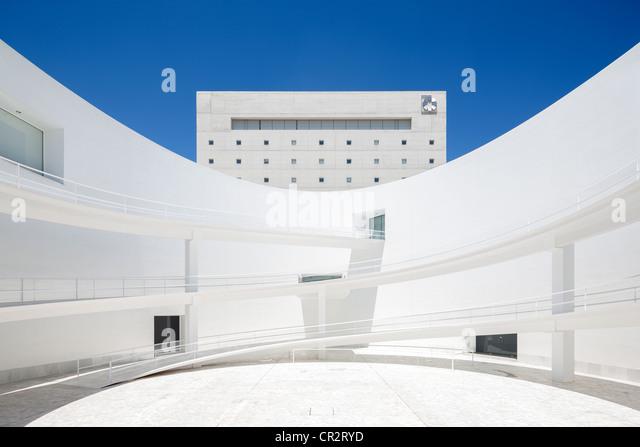 Granada Spanien Andalusien Museum der andalusischen Speicher von Alberto Campo Baeza. Dachgeschoss: Restaurant des Stockbild