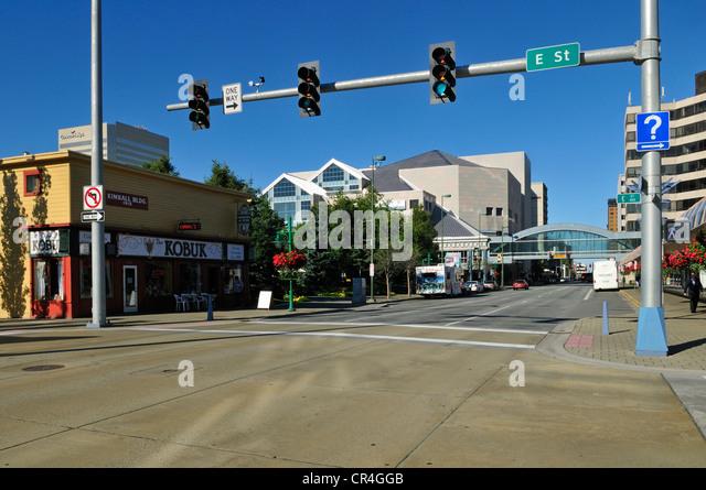 Straßenbild in der Innenstadt von Anchorage, Alaska, USA, Nordamerika Stockbild