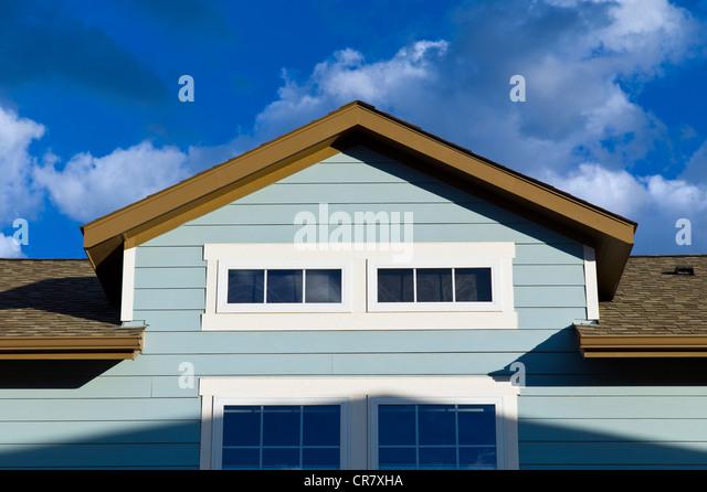 Remise über eine Garage, Craftsman-Stil Wohnhaus in Colorado, USA Stockbild