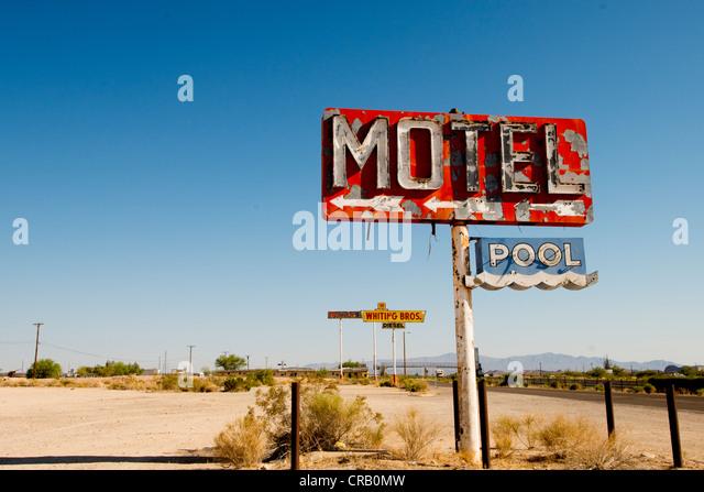 Alten Motel Zeichen entlang der Route 66 im südlichen Kalifornien USA Stockbild