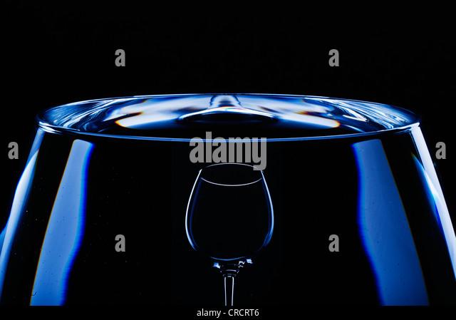 Abstrakt Wein Glas. Stockbild