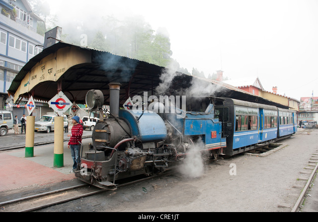 Toy train darjeeling stockfotos