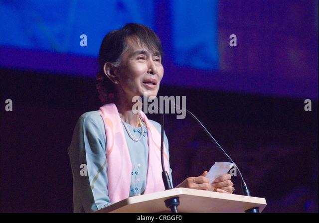 Aung San Suu Kyi. Begegnung mit den Menschen in Birma in der Royal Festival Hall London UK HOMER SYKES Stockbild
