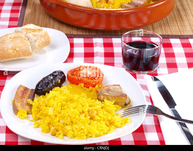 Arroz al Horno ? Ofen gekochtem Reis Stockbild