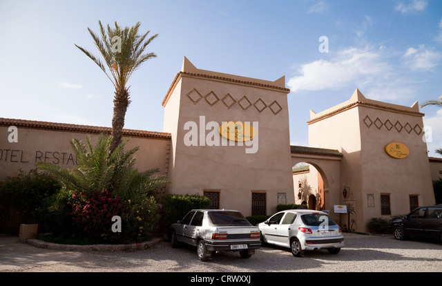 Riad hotel morocco stockfotos riad hotel morocco bilder for Traditionelles haus bali